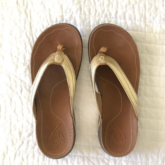 942972746efe Gold Leather Olukai Sandals. M 5b101b2505f4307ac1006535